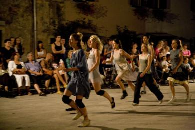 14th Dance & Non-Verbal Theatre Festival San Vincenti source: www.svetvincenatfestival.com