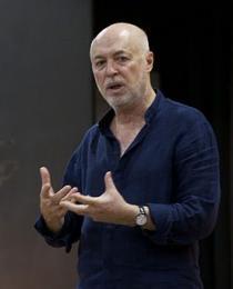 Professor Jurij Alschitz